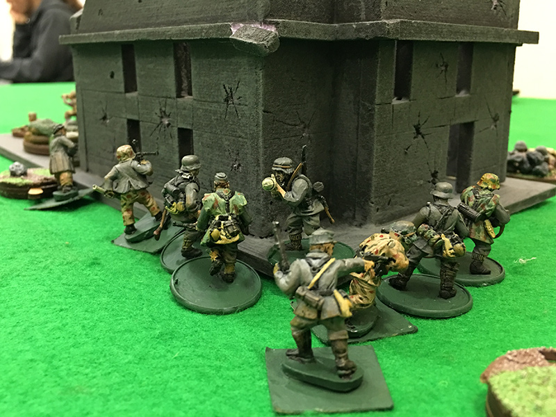 Germans prepare to assault the American in the ruins