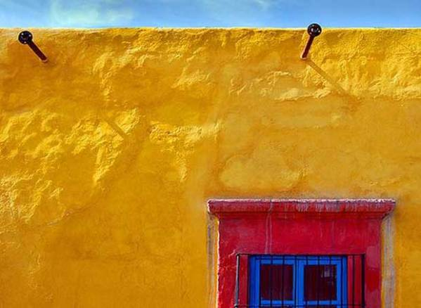 The Cheerful Aesthetic Beauty of Color Blocking from Latin ...