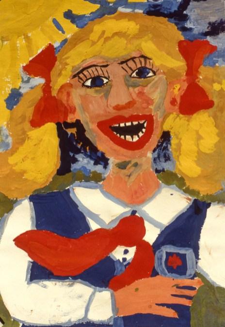 Image of smiling schoolgirl