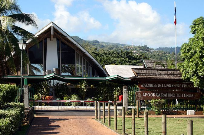 assemblee_polynesie_francaise_photo-taken-by-remi-jouan_-wikimedia-commons