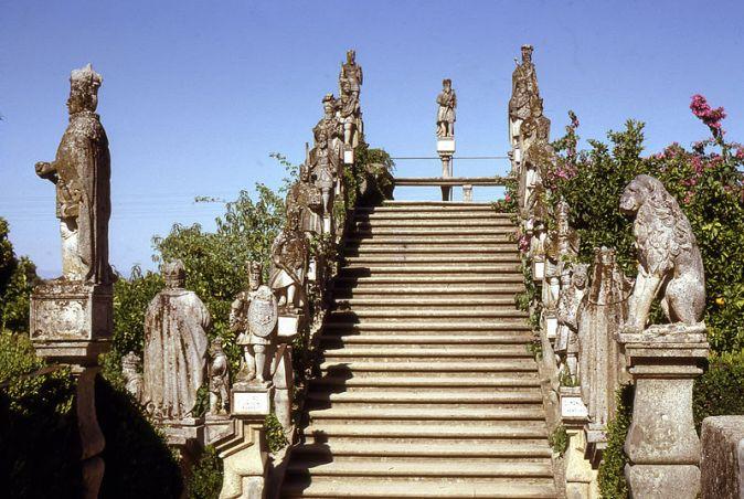 castelo_branco-jardim_do_paco_episcopal_3-19670806