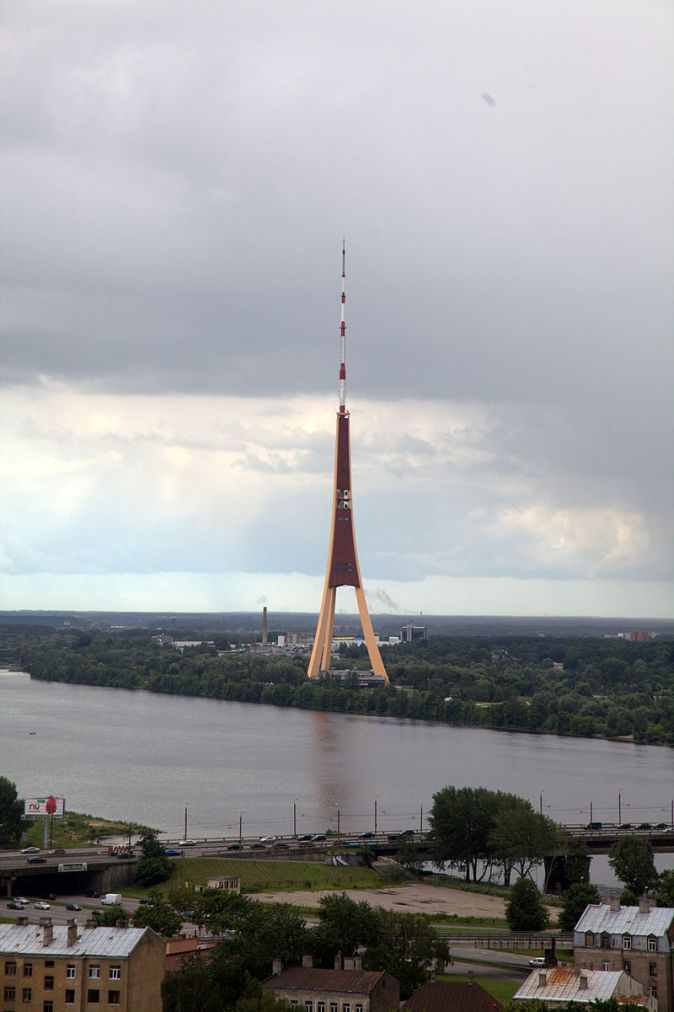 tv_tower_seen_from_latvian_academy_of_sciences