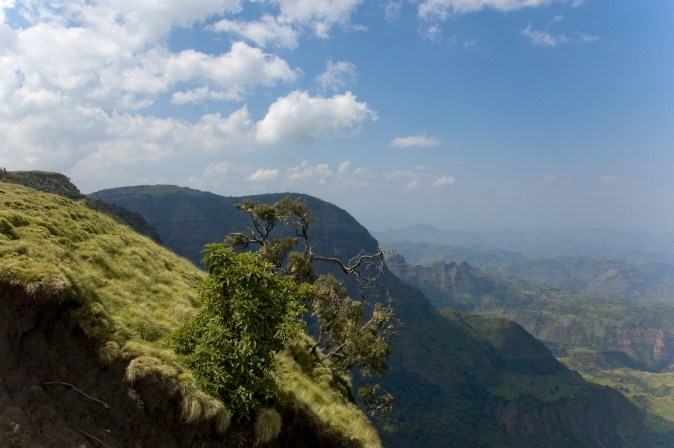 Simien_Mountains_Landscape,_Ethiopia_(2462794039)