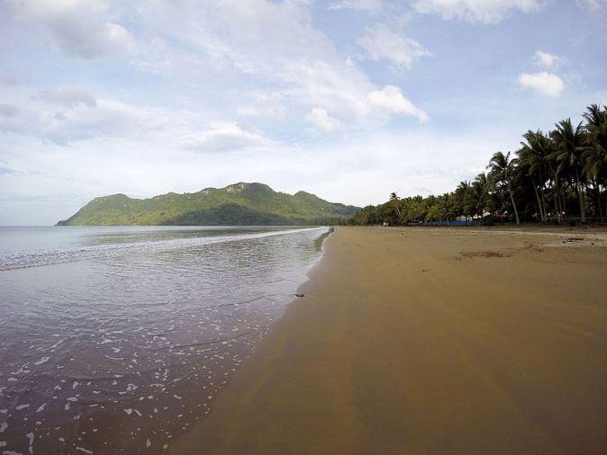 Tahusan_Beach,_Hinunangan,_So._Leyte,_Philippines