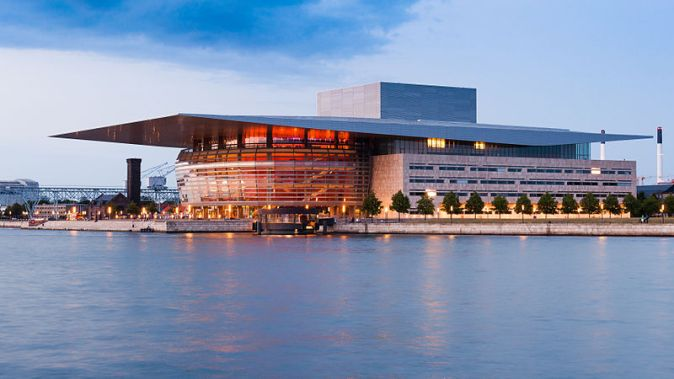 Copenhagen_Opera_House_2014_04