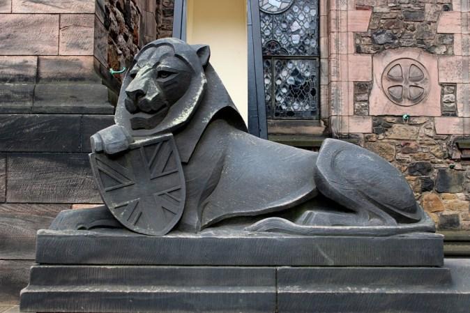 lion-1839400_960_720