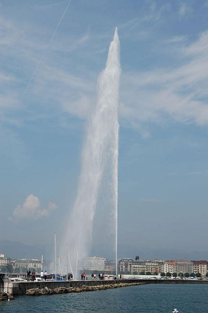398px-Jet_d'eau_Geneva_2006_788