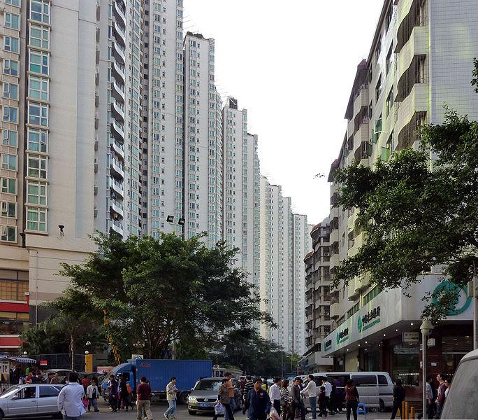 684px-Streets_in_Baishizhou,_Shenzhen