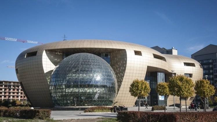 modern_architecture_baltic_pearl_st_petersburg_russia-906521.jpg!d