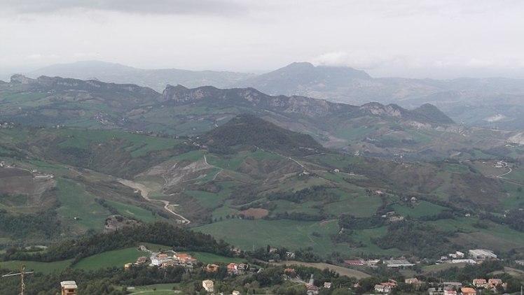 800px-Via_Eugippo,_20,_47890_San_Marino_di_Urbino_SM,_Italy_-_panoramio_(1)