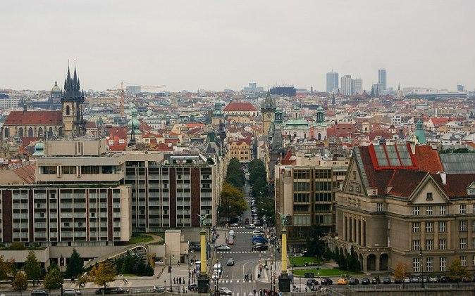 800px-City_of_Prague,_seen_from_a_hill