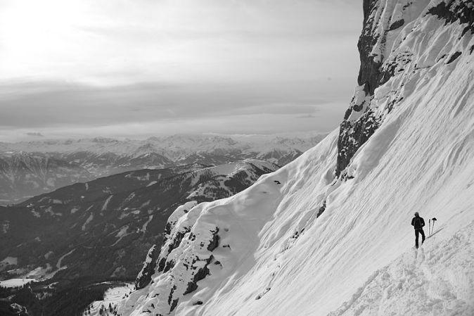 800px-Ski_mountaineering_Hochkönig_Austria
