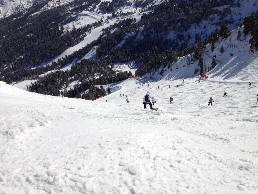 man-landscape-mountain-snow-winter-hiking-1068743-pxhere.com