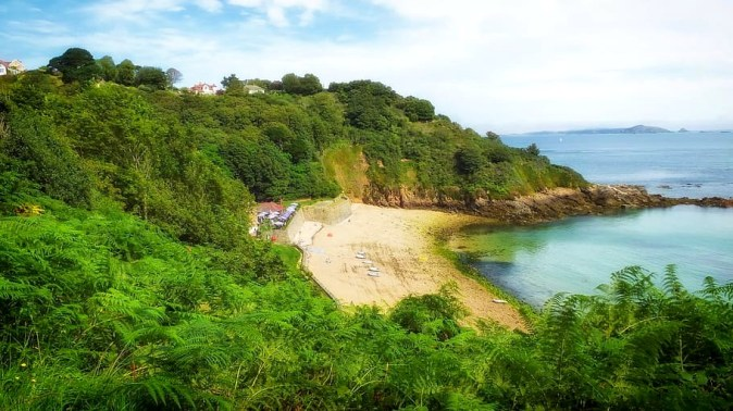 fermain-bay-guernsey-coastline-shoreline