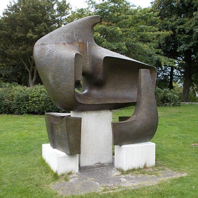 600px-Sculptuur.eric.boot.zuiderpark.2