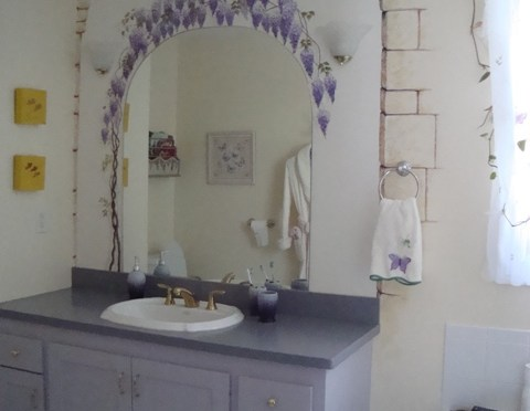 Wisteria and Frogs Bathroom