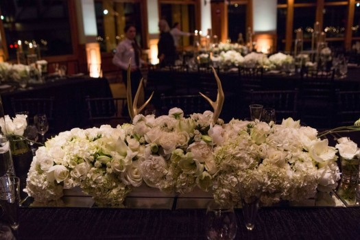 gold wedding table det