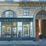 Картина на заказ-Le magasin Sennelier se trouve quai Voltaire, Picasso en son temps venait s'y fournir quand il travaillait à Paris