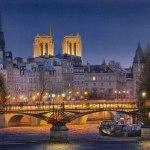 Night of fire on Paris-городской пейзаж