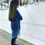 Юный ценитель живописи Алёнка Д.-К.