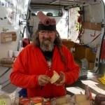 Монастырская ярмарка -колоритный продавец испанского сыра и сладостей