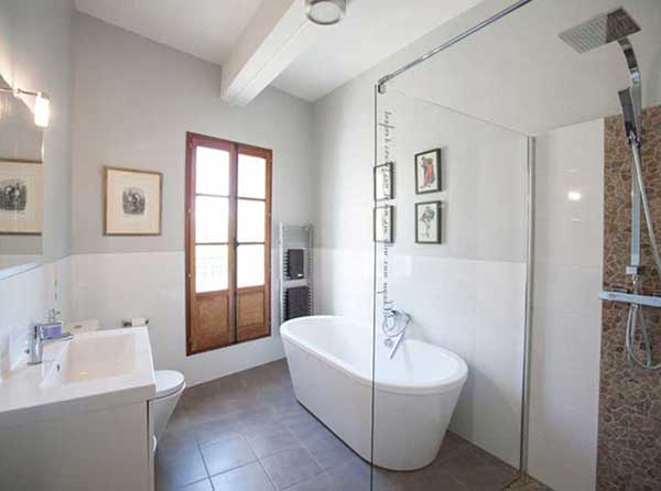art retreat accommodation lounge2 - bathroom