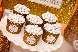 Dreaming of a White Christmas Baking Cups