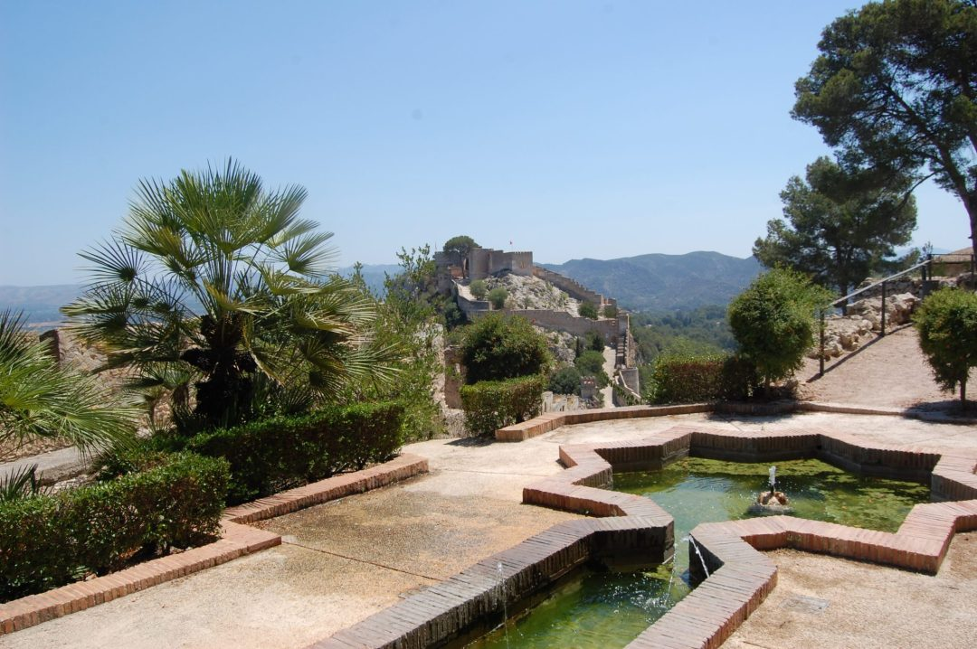 paintonholiday.com the gardens of Xativa castle Valencia