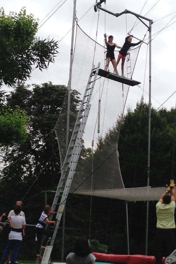 Gorilla Circus Trapeze School