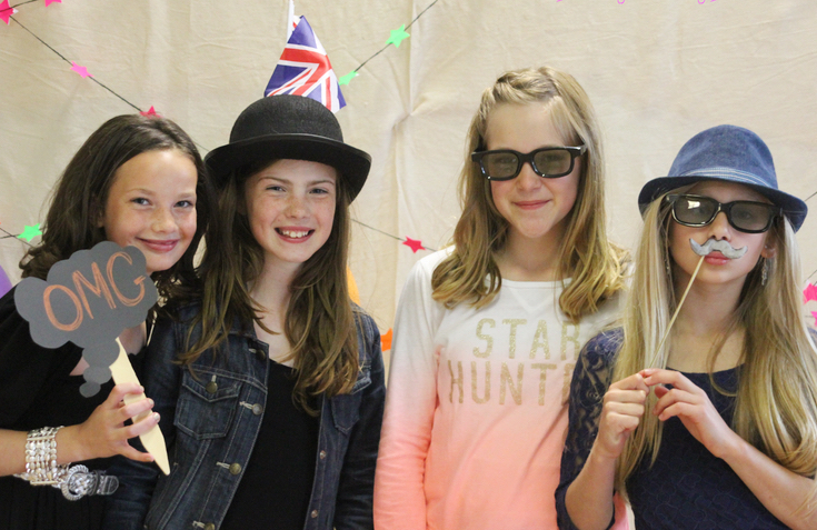 DIY Unmanned Photo Booth for Kids Party