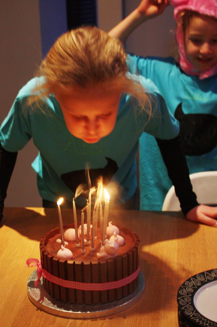 3-pig-cake
