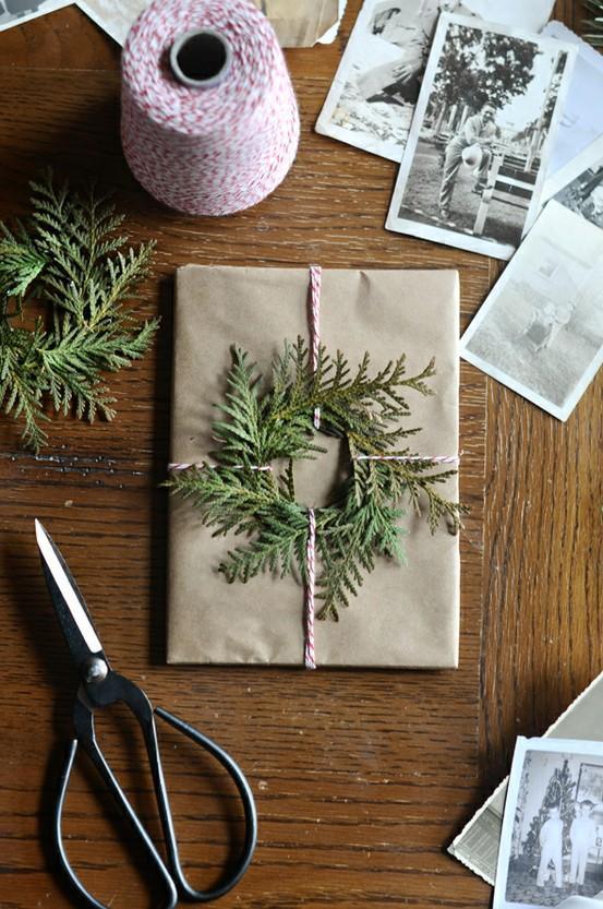 Mini fir wreath gift wrap