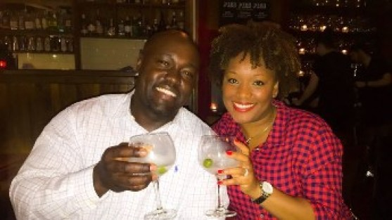 Couple on Gin tour in London