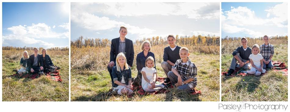 Extended Family Photography Calgary, Fall Extended Family Photos, Calgary Family Photography, Calgary Family Photographer, Fall Family Photos, Cochrane Family Photographer, Cochrane Family Photos,