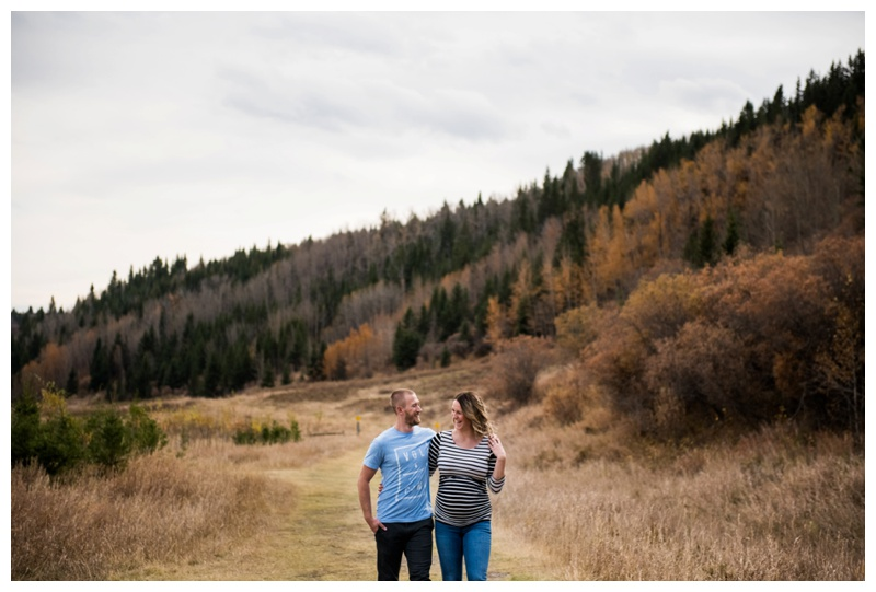 Fall Maternity Photos - Calgary Maternity Photographer