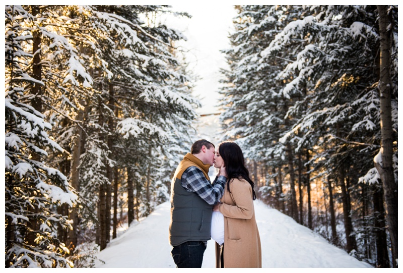 Matenrity Photographers Calgary Aberta