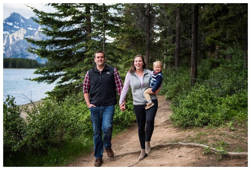 Rocky Mountain Family Photographer - Banff Alberta.jpg