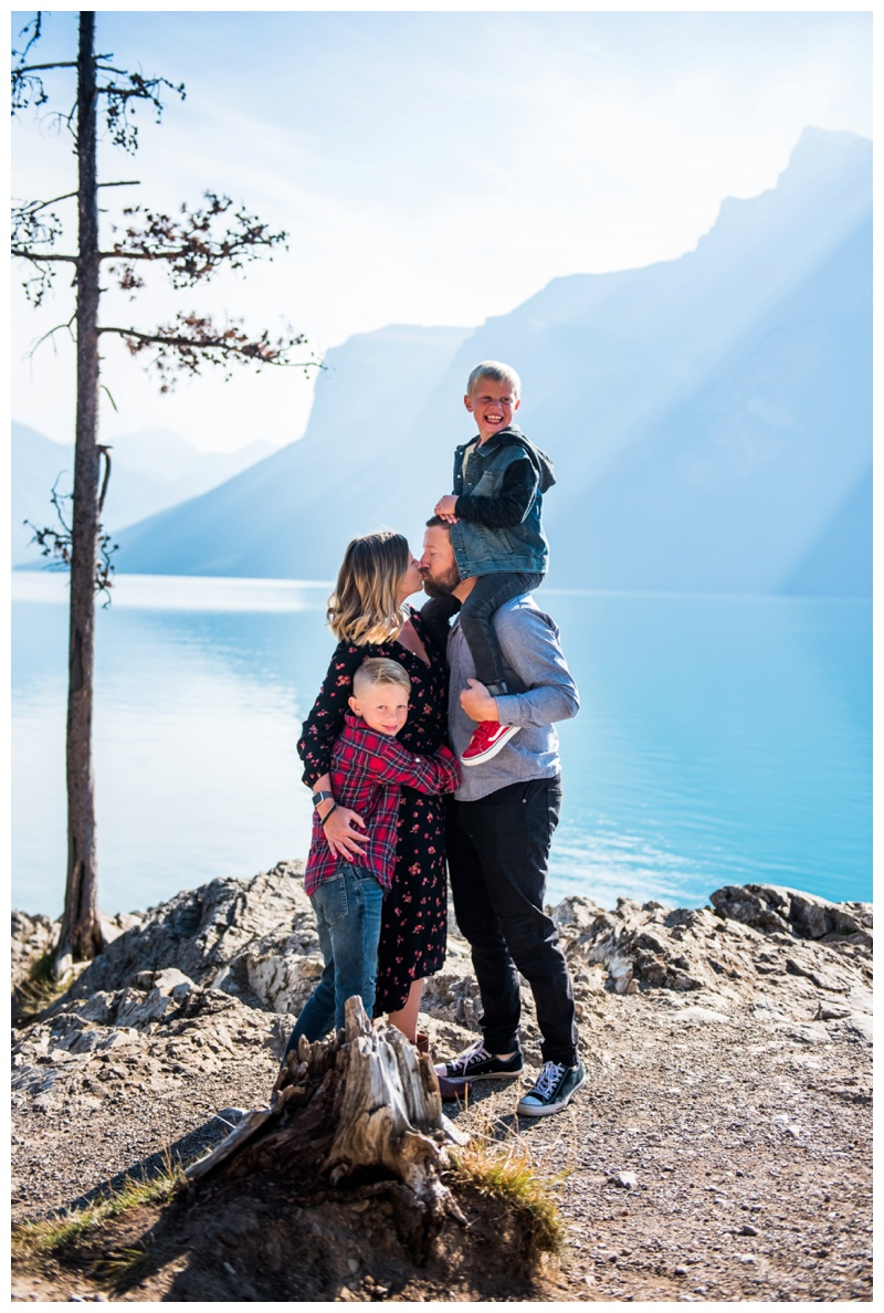 Banff Family Photos - Lake Minniwanka