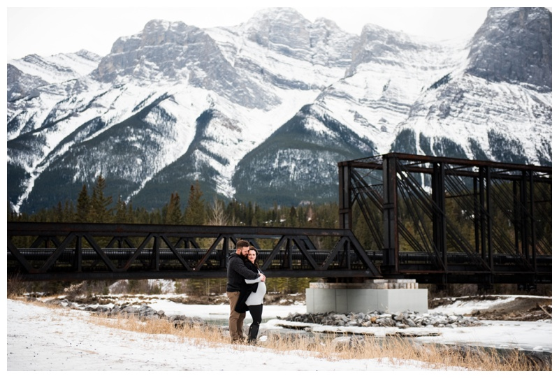 Canmore Rocky Mountain Maternity Session