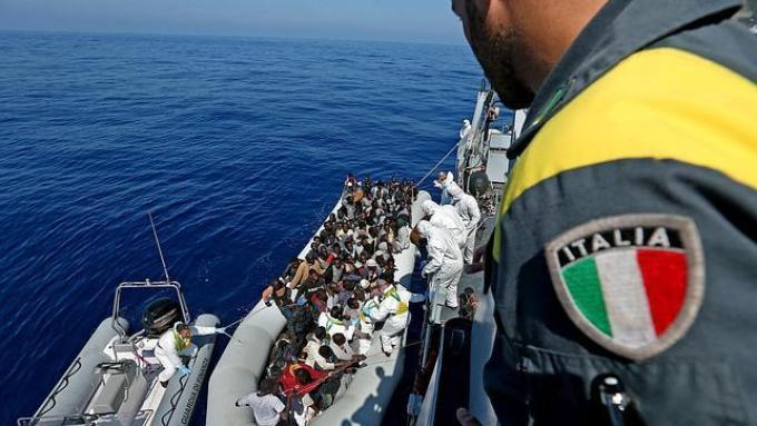 italia-mediterraneo-inmigrantes-644x362