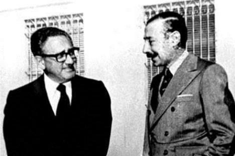 eeuu-Kissinger-con-Videla