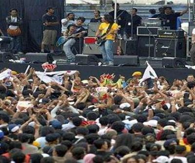 Acara hiburan dan konsert paling mendapat perhatian golongan remaja. - Gambar hiasan.