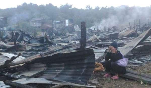 20160930-rumah-panjang-ibang-terbakar