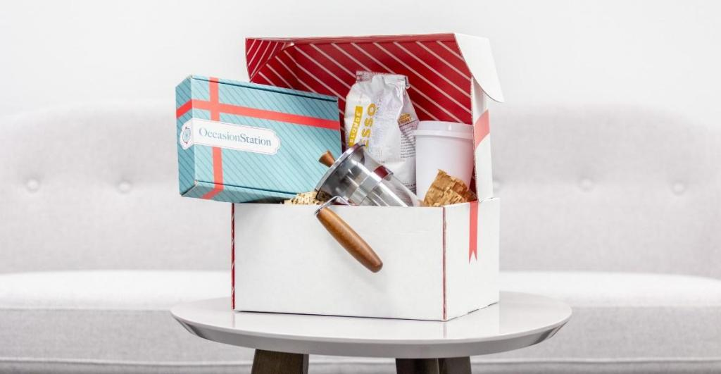 eco-friendly christmas packaging examples