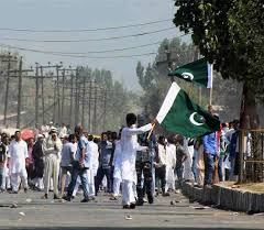 In occupied Kashmir, Sikh youths hoisted the Pakistani flag