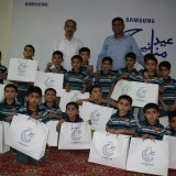 Samsung shares Iftaar & gifts with orphans in Sukkur & Hyderabad