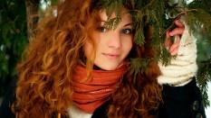 girl_face_hair_eyes_wood_88654_1920x1080