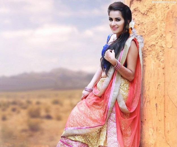 sara-punjabi-girl-wallpapers-for-desktop-624x516