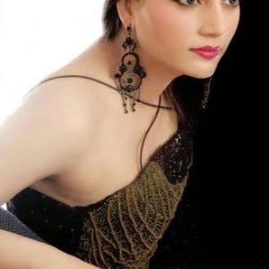 Teenage Lahore Escort Girls Shows Nisha