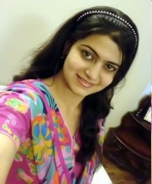 cute-pakistani-college-girls-hidden-hot-take-pictures-of-2